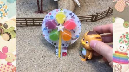 鸡宝宝有一个风车糖,可是贝尔和佩奇都来了