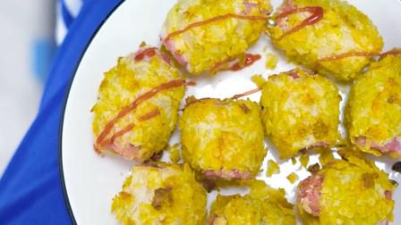 手抓饼、薯片、火腿肠的完美结合,快来尝尝!