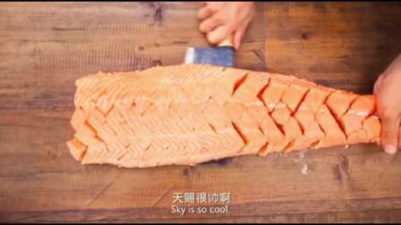 精彩片段:韩国厨师趾高气昂,看小饭馆师傅的刀工如何虐你!