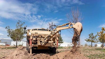 用装甲车改装的挖掘机有多强?两种形态互相切换,网友:另类版变形金刚