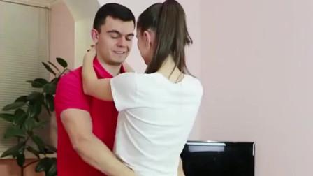 实拍乌克兰情侣健身,接下来的动作,我这辈子都学不来!