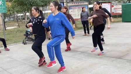 每天坚持跳鬼步舞10分钟,10天瘦6斤,一个月赘肉终于没有了