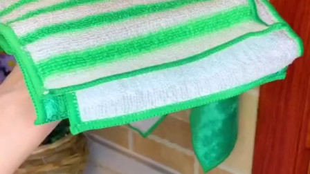 非常好用的抹布,厚实不掉毛,吸水性强,特别好冲洗,主要是还便宜!居家必备!