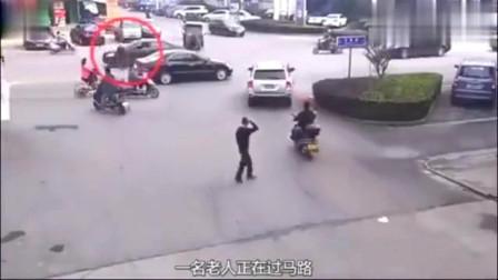 遇上这种瞎眼司机,再小心过马路都没用老人当场丢了性命,悲剧了