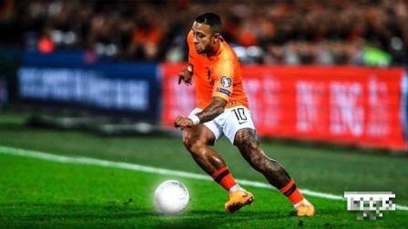 他是被曼联耽误的荷兰天才,转会后火力全开,法甲抗衡内马尔