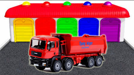 变形警车珀利和超级飞侠倒车玩具