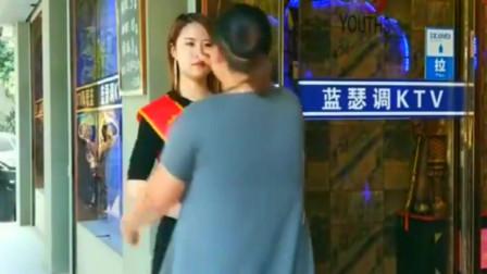 广东东莞:服务员真是越来越难伺候了,还不如一个机器人,省时省力还省钱!