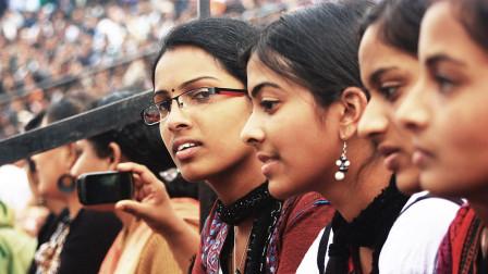 印度为何认为中国比他们落后? 在外国记者的采访中找到了答案