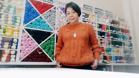 女式套头缕空毛衣   (花儿向阳开) 2