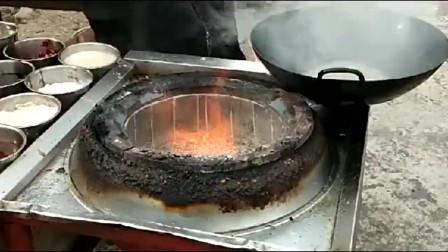 一锅菜十五秒搞定,这才是几十年的大厨