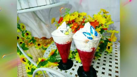 草莓买多了吃不完怎么办?教你做美味的草莓甜品杯