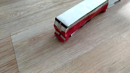 火车模型事故1