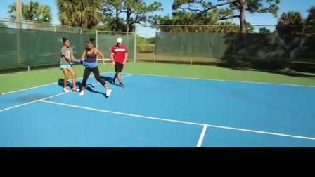 网球侧高抬腿阻力练习