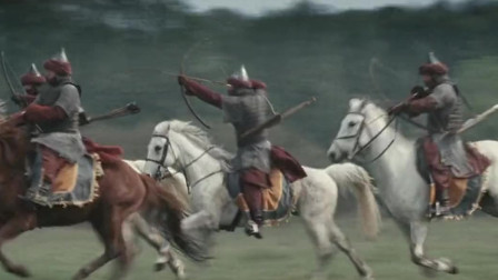 士兵为阻止骑兵冲锋投掷三角锥,脑洞太开了