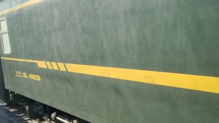 疫情之殇,武汉加油。k928/5次会近乎空车的k1303次(2020年2月5日)