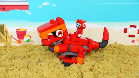 从沙堆里挖出一堆积木,可以拼出霸王龙