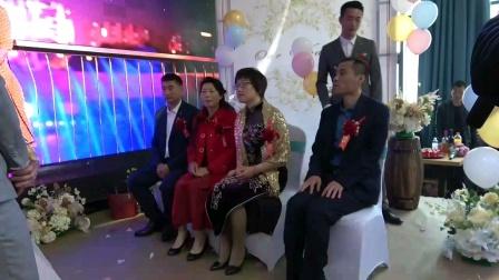 刘运杰程晋 新婚庆典喊爸妈