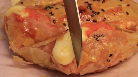 自己做了张芝士爆浆红薯饼,把公公的牙都给馋掉了!