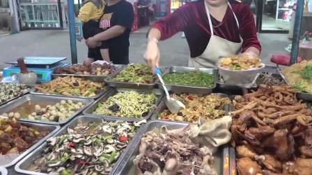 漂亮大姐的卤菜摊,品种齐全,素的全8元一斤,一下午卖10000元不止