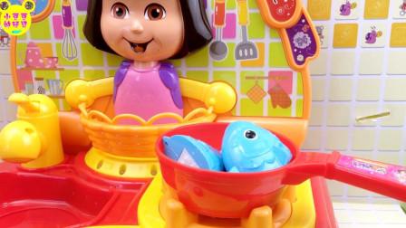 爱探险的朵拉厨房玩具开箱