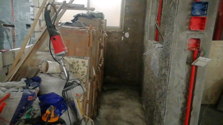 瓦工贴卫生间厨房墙面瓷砖培训大工地
