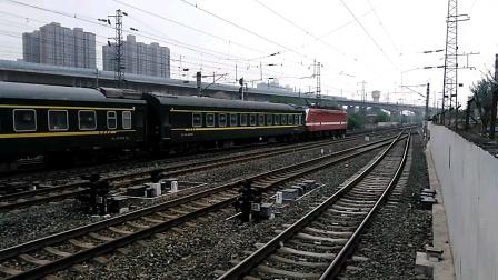 K1086/7次(银川——西安)咸阳站4道开车