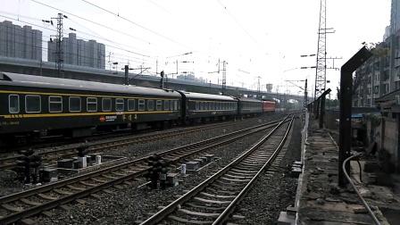 K362/59次(银川——上海)咸阳站2道开车