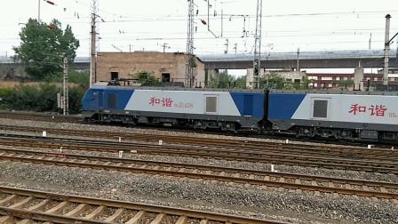 HXD2 1438货列下咸铜线,进咸阳站