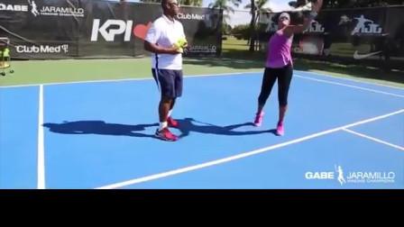 底线到网前走动发球练习