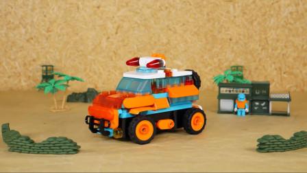 积木冲锋车把城墙撞倒了,这攻击力太强了