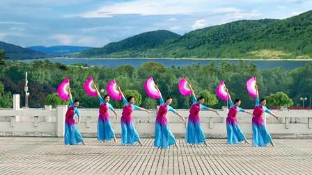 广场舞《天美地美中国美》扇子舞附教学