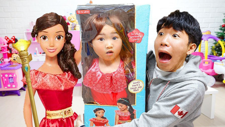 小萝莉和哥哥一起来开箱!看看迪士尼公主儿童玩具!