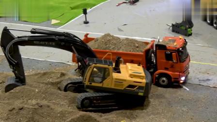 翻斗车卸沙子,挖掘机挖土装车,儿童玩具工程车模型视频