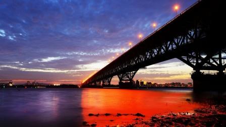 南京长江大桥,承载了中国几代人的特殊情感与记忆