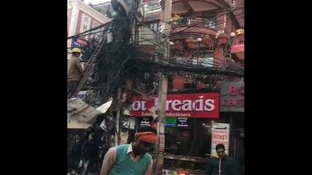 最佩服的就是尼泊尔的电工,坏了知道修哪个,这也是停水停电停网的原因