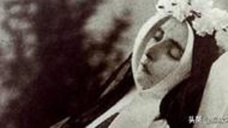 """法国""""睡美人""""沉睡140年,容颜却至今艳丽,专家都无法解释"""