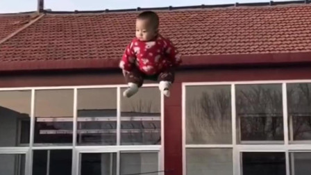 果然孩子生下来就是拿来玩的!
