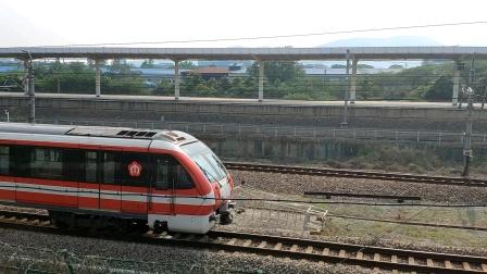 【南京地铁】站外拍摄2号线老车出金马路