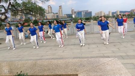 会昌麻州广场舞(bbOm蹦迪舞)团队版