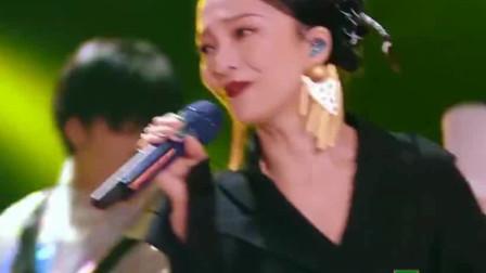 天赐的声音:张韶涵檀健次演唱王菲的光之翼