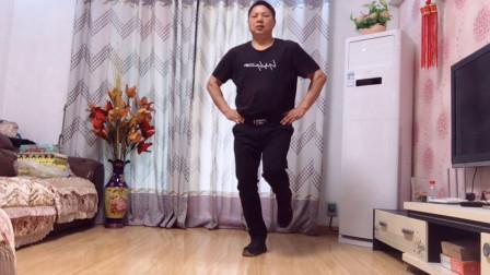 200斤胖大叔,30天瘦了10斤,原来鬼步舞出汗效果这么好