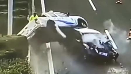 任性司机吃了熊心豹子胆,把执法车直接撞翻,太作死了