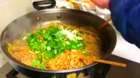 卤面,每次做我都能吃一大碗,味道不错!