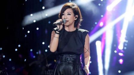 时隔多年再次演唱《我爱他》,林俊杰一眼就认出她!实力不减当年