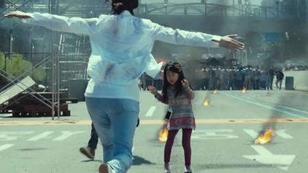 韩国灾难片你看过几部?《釜山行》的丧尸追逐,《极限逃生》的徒手攀岩!