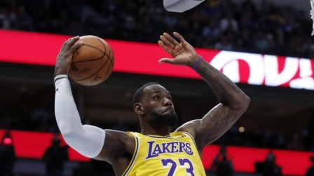 NBA本季精彩团队配合下篇,湖人连续传球送老詹吃饼