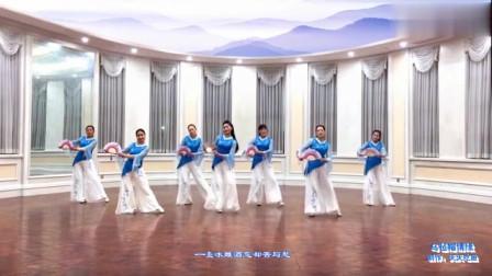 广场舞《乌毡帽情缘》舞蹈动作清楚,大家不要错过哦