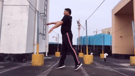 每天这样摆臀慢跳,暴瘦全身,比跑步减肥快