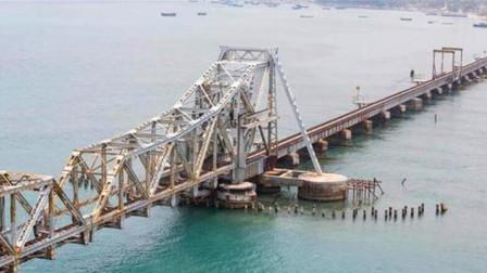 印度又干了啥?豪掷百亿修建大桥,十万工人参与:超中国20年