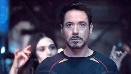 或许钢铁侠就是在这一刻,决定为世界牺牲的吧